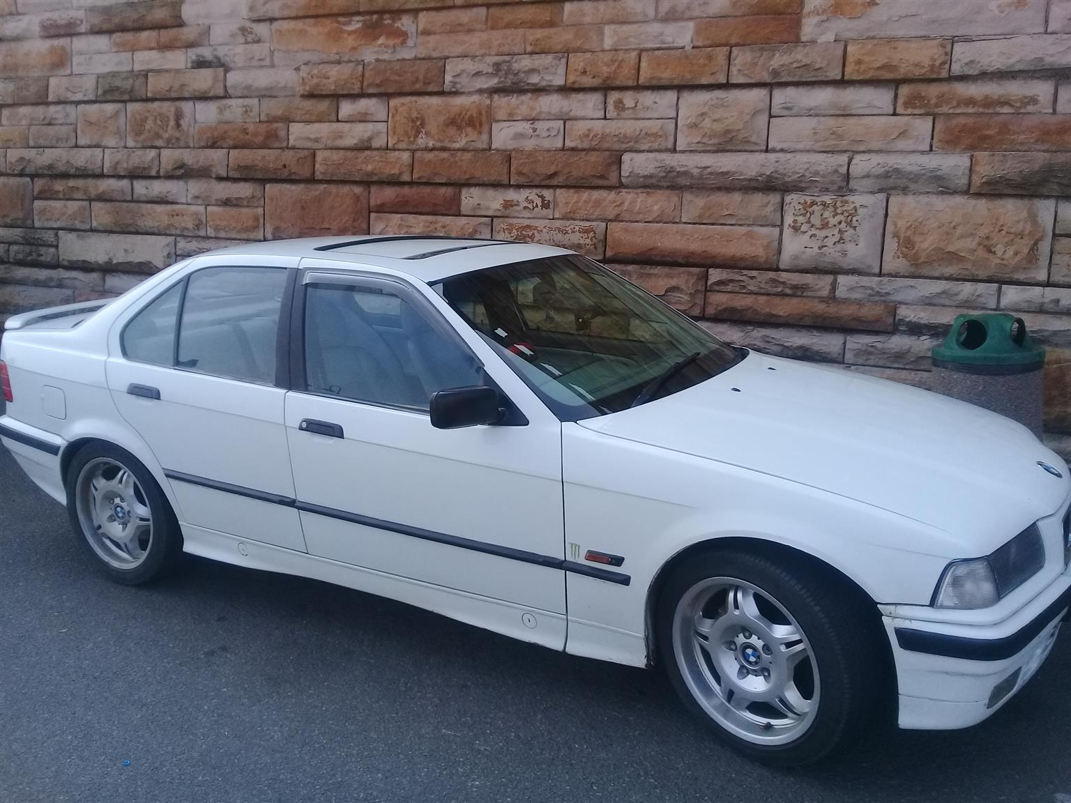 1994 BMW 3 Series | Junk Mail