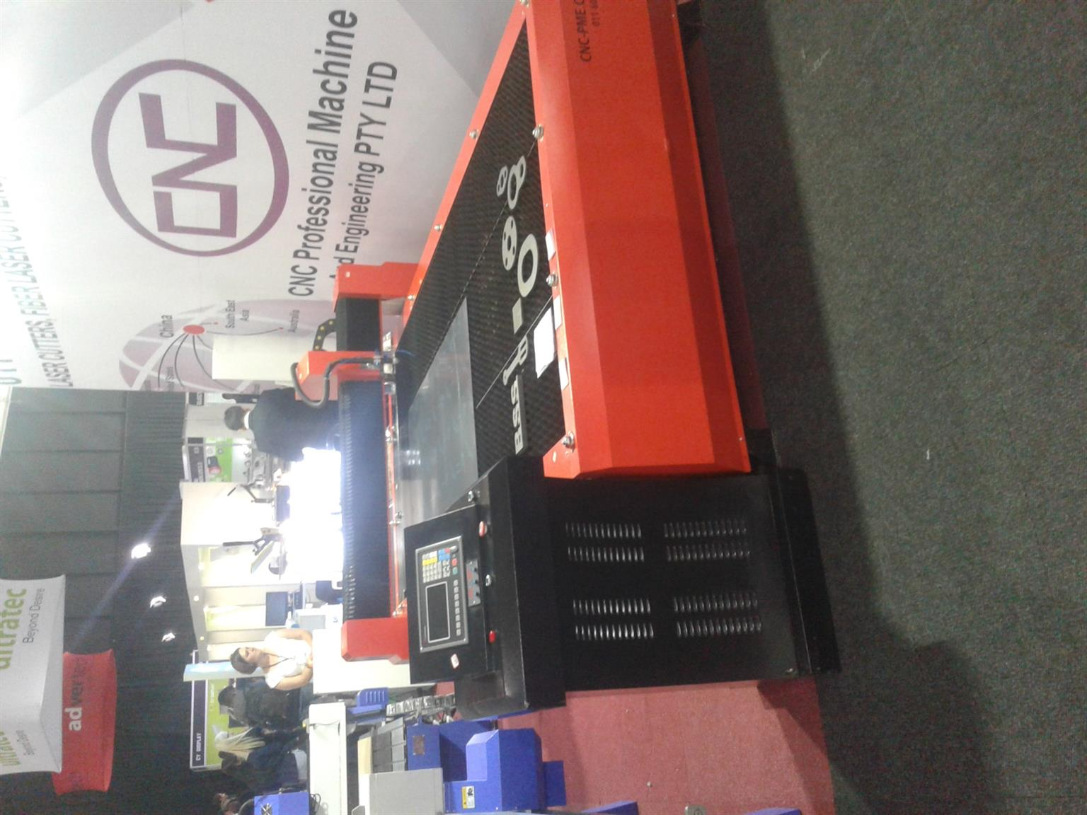 CNC Plasma cutter 1.5 m x 3 m 100 Amp