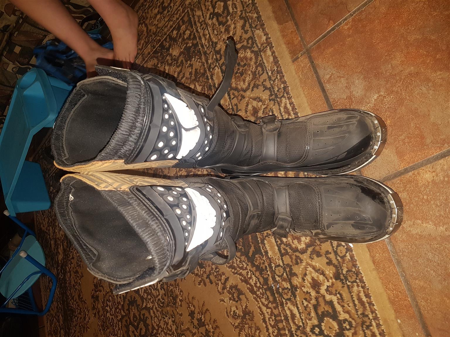 Fly Maverik boots