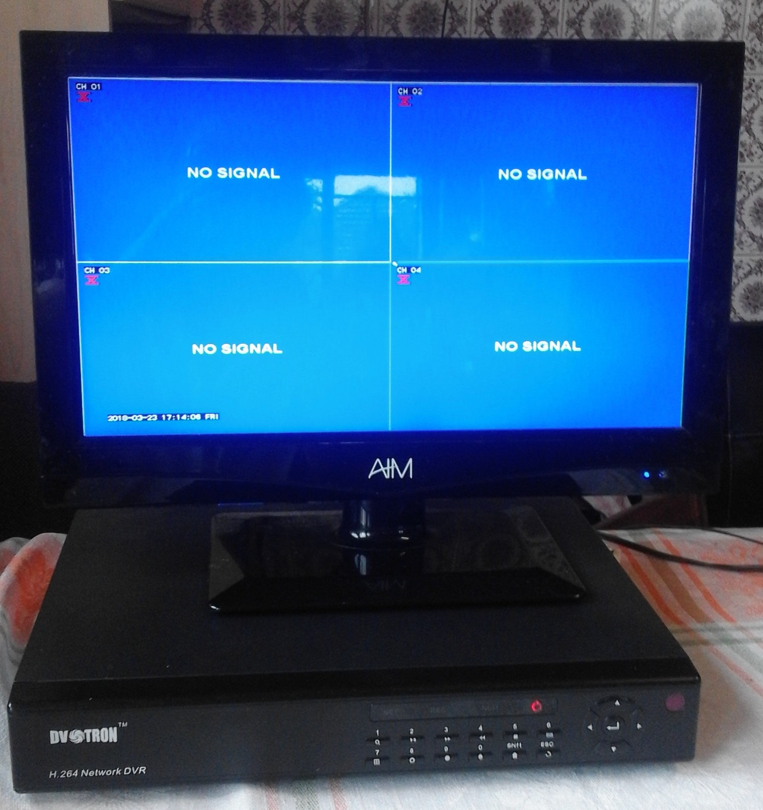 DVR Recorder for Security System .With mouse and Remote.