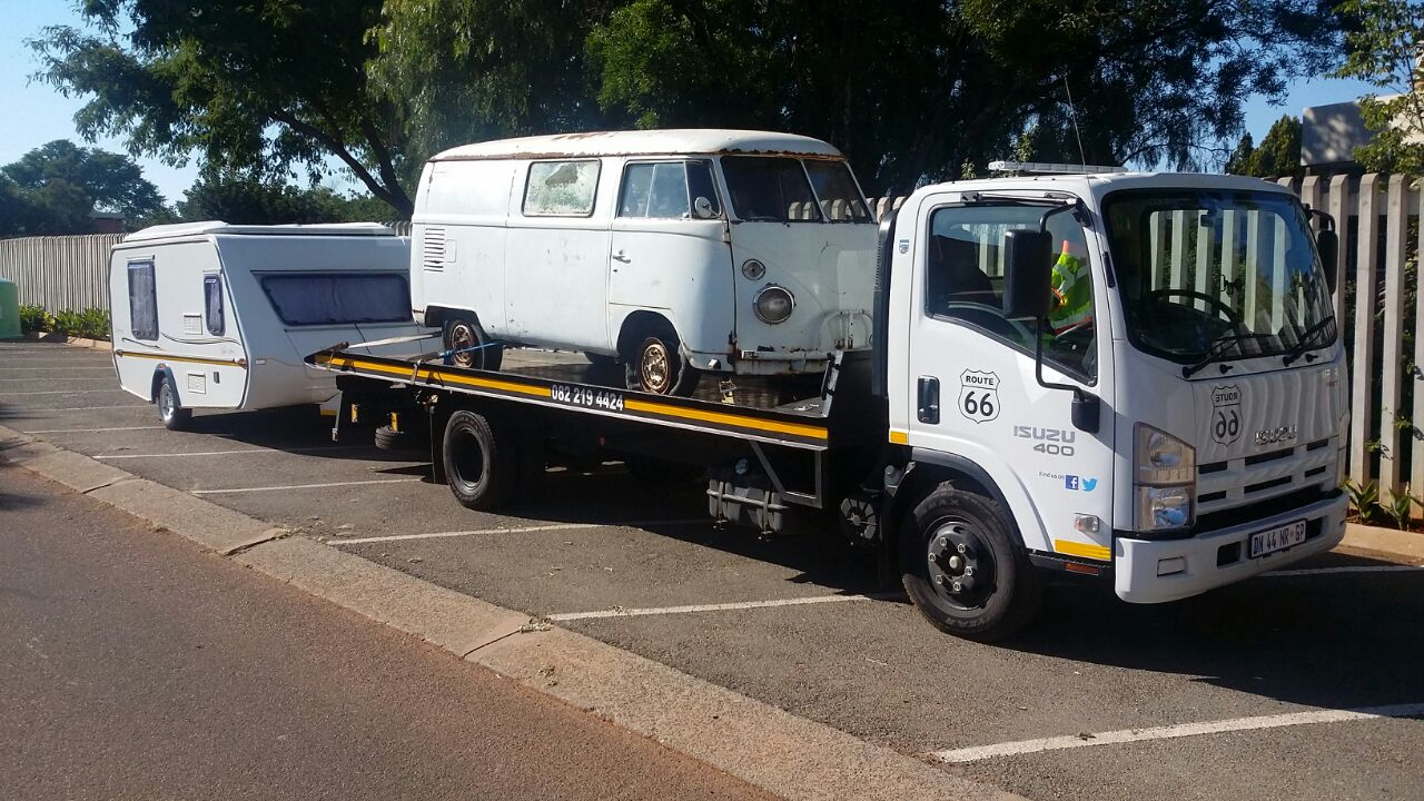 JURGENS CARAVAN transport between Cape Town & Gauteng.