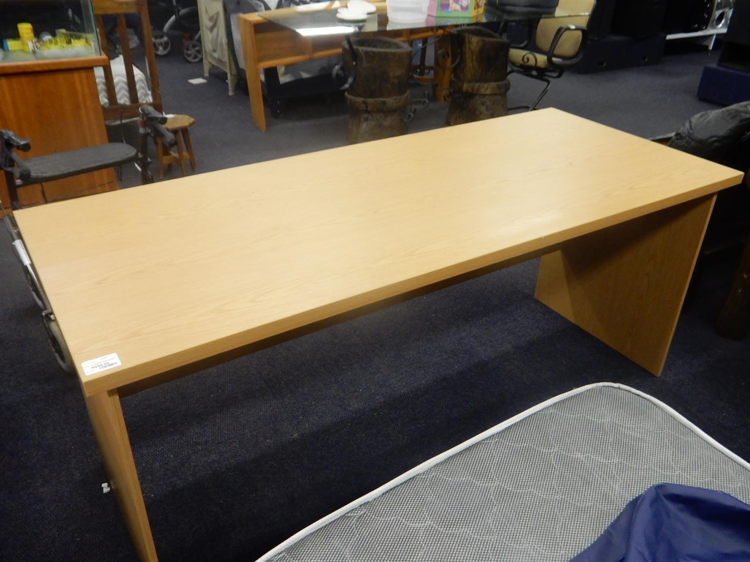 Wooden Office Desk for sale  Pretoria - Pretoria North