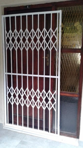 heavy duty solid steel gate custom made