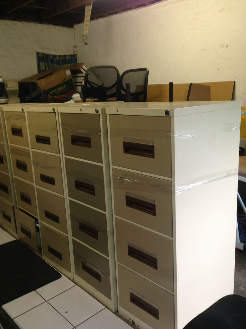 Garage sale office furniture, kitchen appliances and other consumables (BARGAIN)