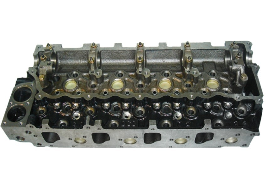 BRAND NEW ISUZU 4HE1 CYLINDER HEAD | Junk Mail