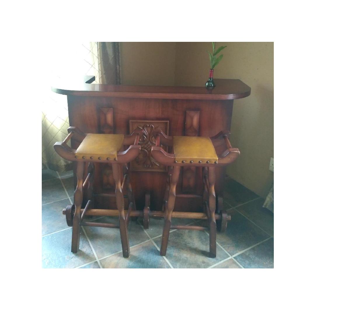Wooden Bar Set