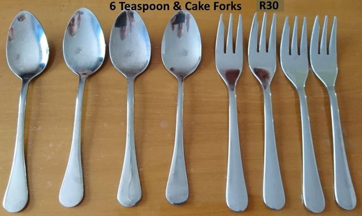 6 Teaspoons and cake forks