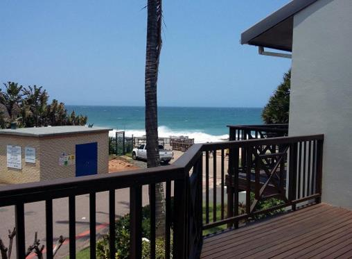 Holiday Accommodation in Ballito North Coast with a breaker view R2200
