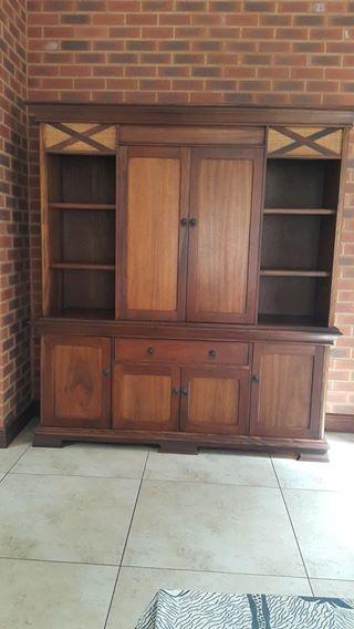 Wetherleys wall cabinet