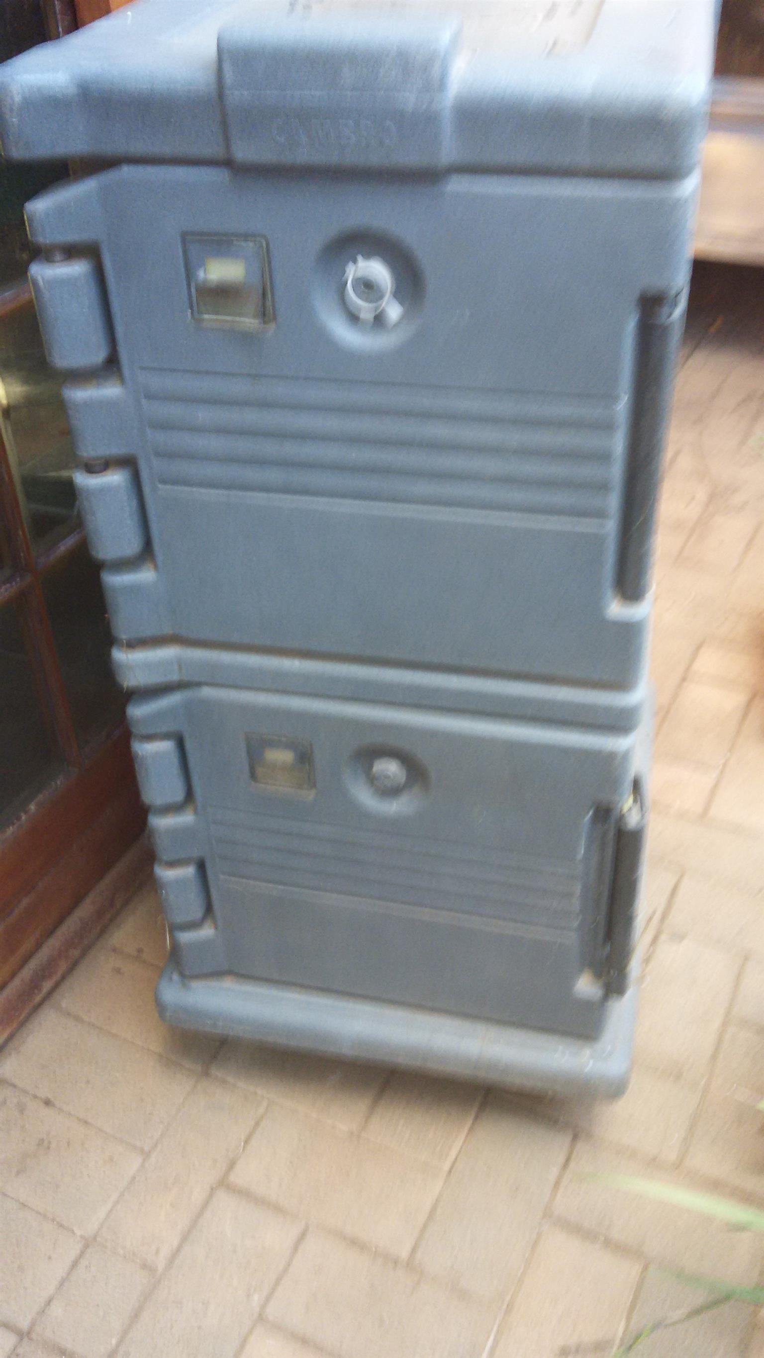 FOR SALE COOLER/HOT BOXES
