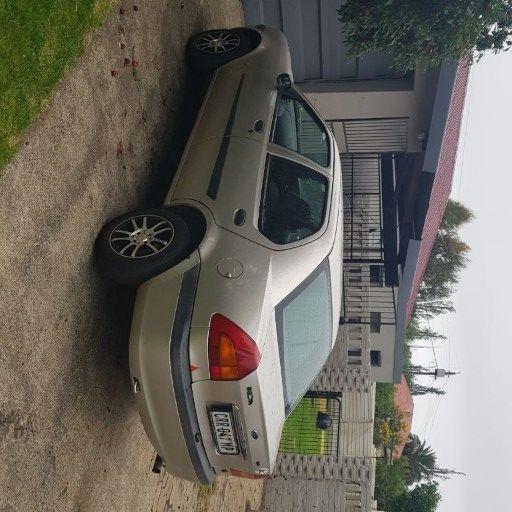 2001 Ford Ikon