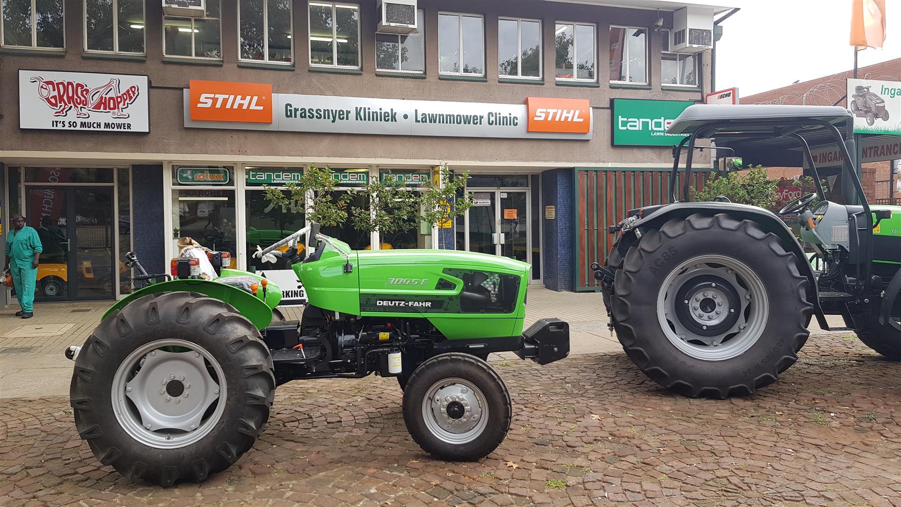Detz-Fahr 3045 E Tractor