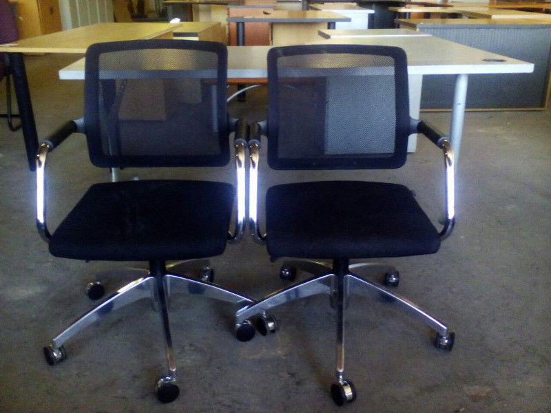 Year End Auction OnOffice Furniture