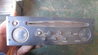 2003 Renault clio 2 radio for sale