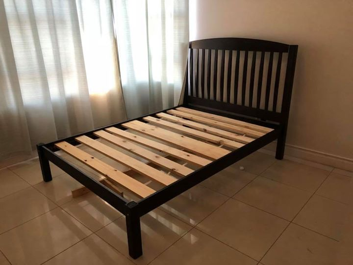 Wooden full bed