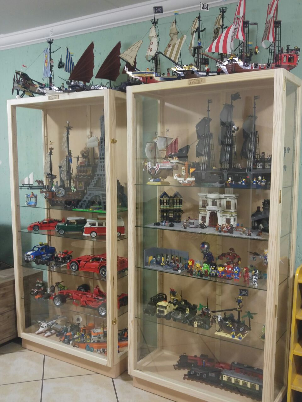 Display?Show  Cabinets for Characters and Collectibles Display, Custom made, Best Prizes !
