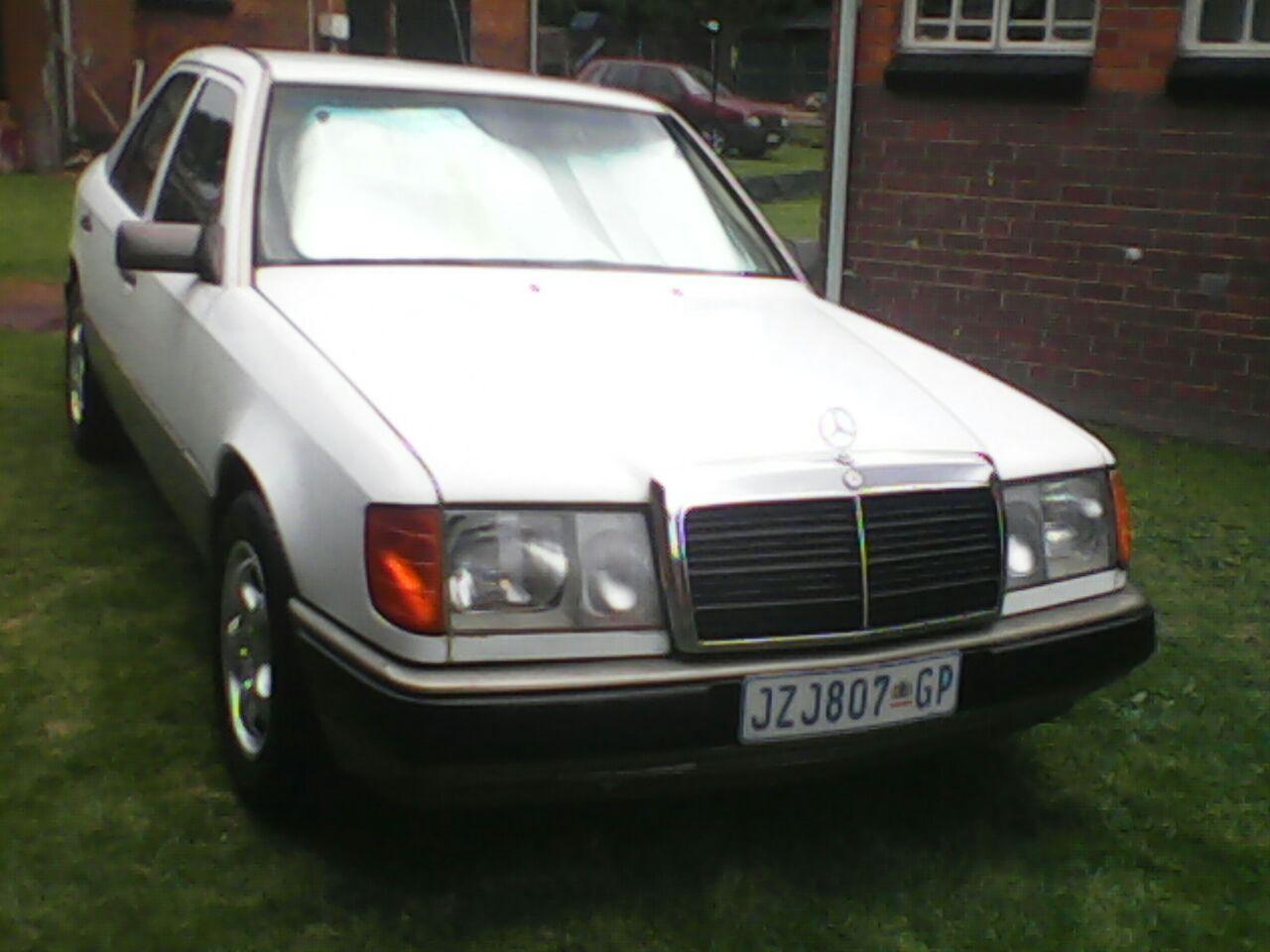 1992 Mercedes Benz 230E