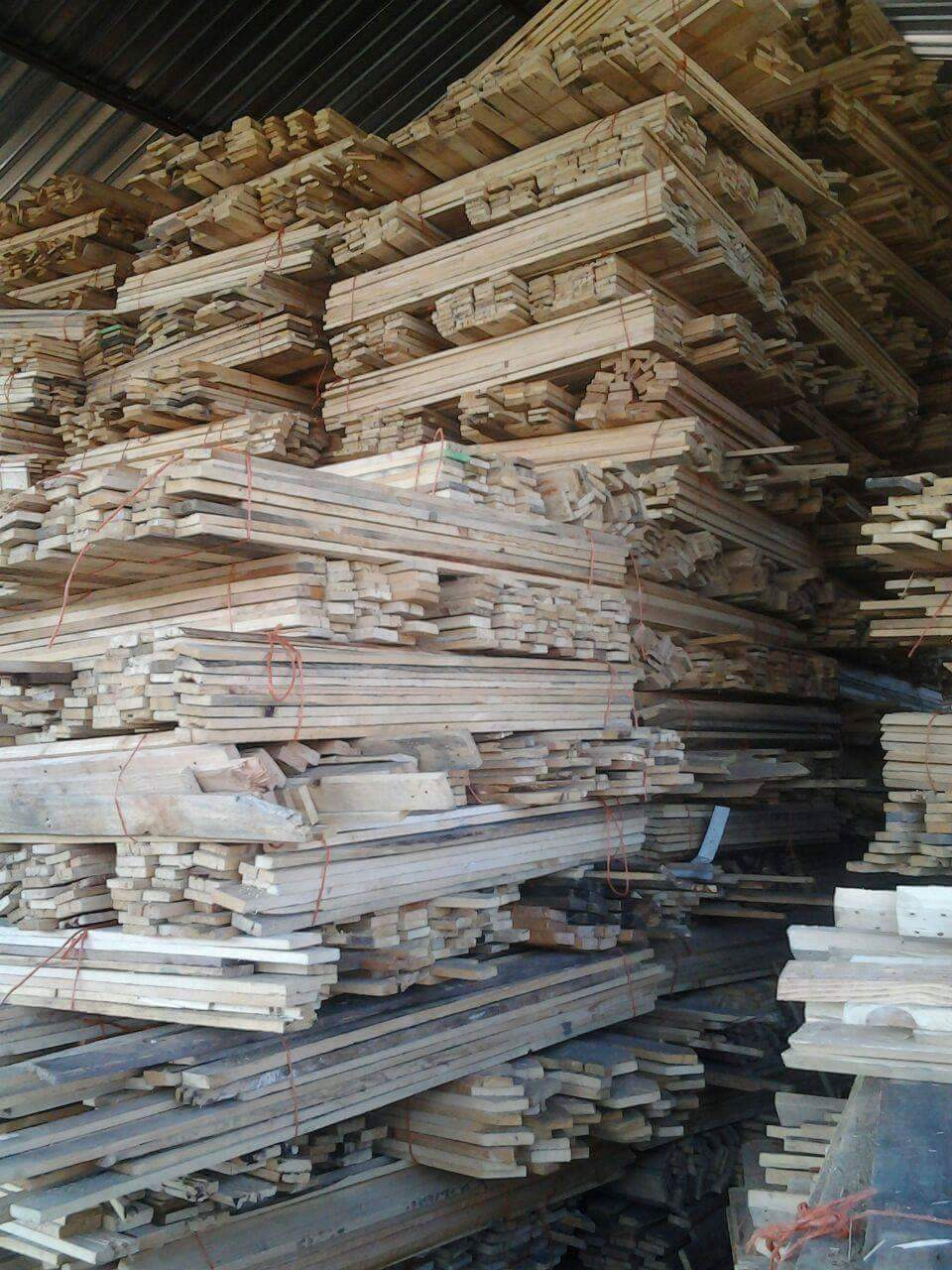 Pallet planks for sale. Ideal for furniture and fencing decking ex