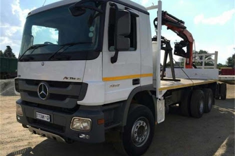Crane truck hire - 30 years experience