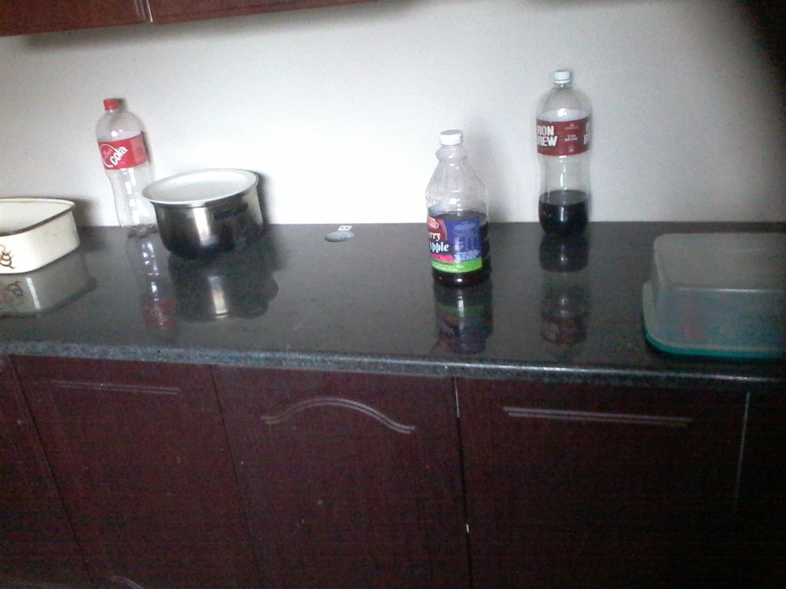 1.8m Granite Kitchen Top for Sale. R900. Contact Hein 0732449162.