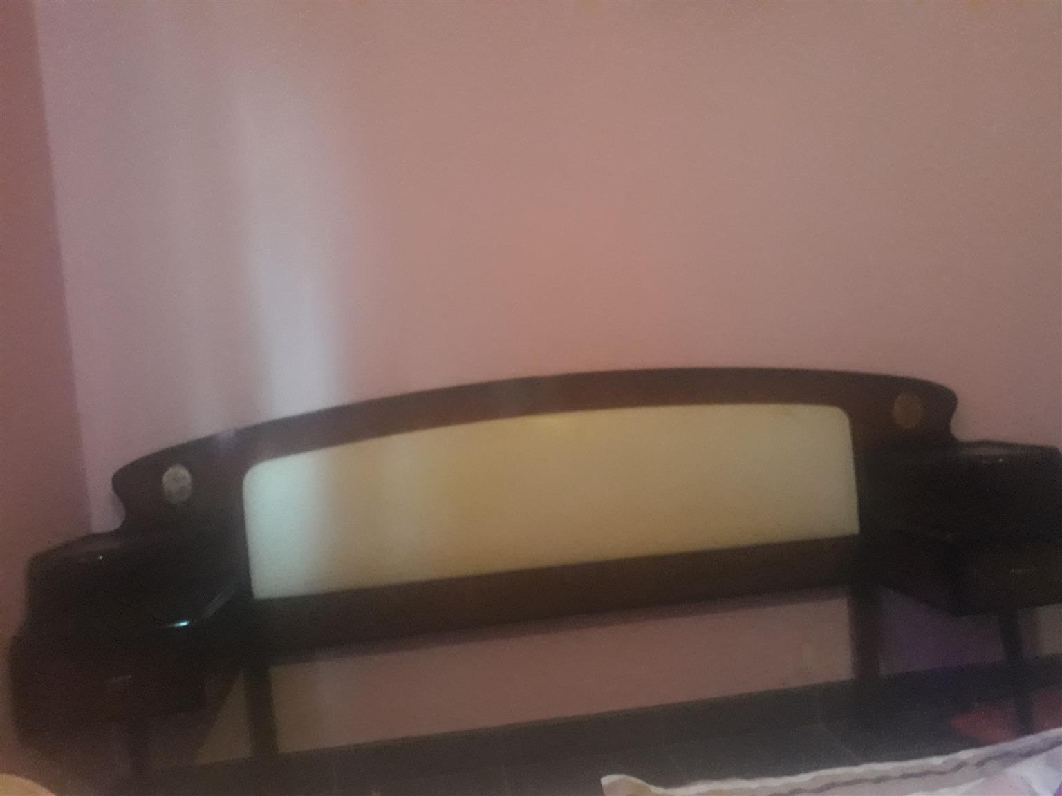 Antique bedroom set for sale R1500