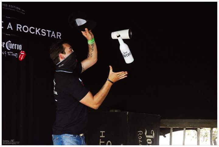 PROFESSIONAL FLAIR BARTENDERS FOR SHOWS AND EVENTS 084 991 5555