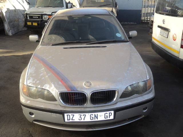 BMW 318 E46 STRIPPING FOR SPARES