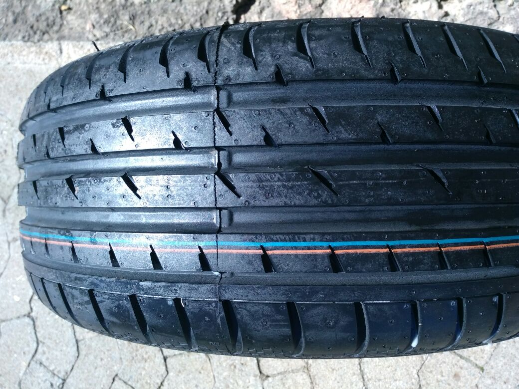 One Brand New 225/45/17 Continental Tyre fit Mercedes R1000