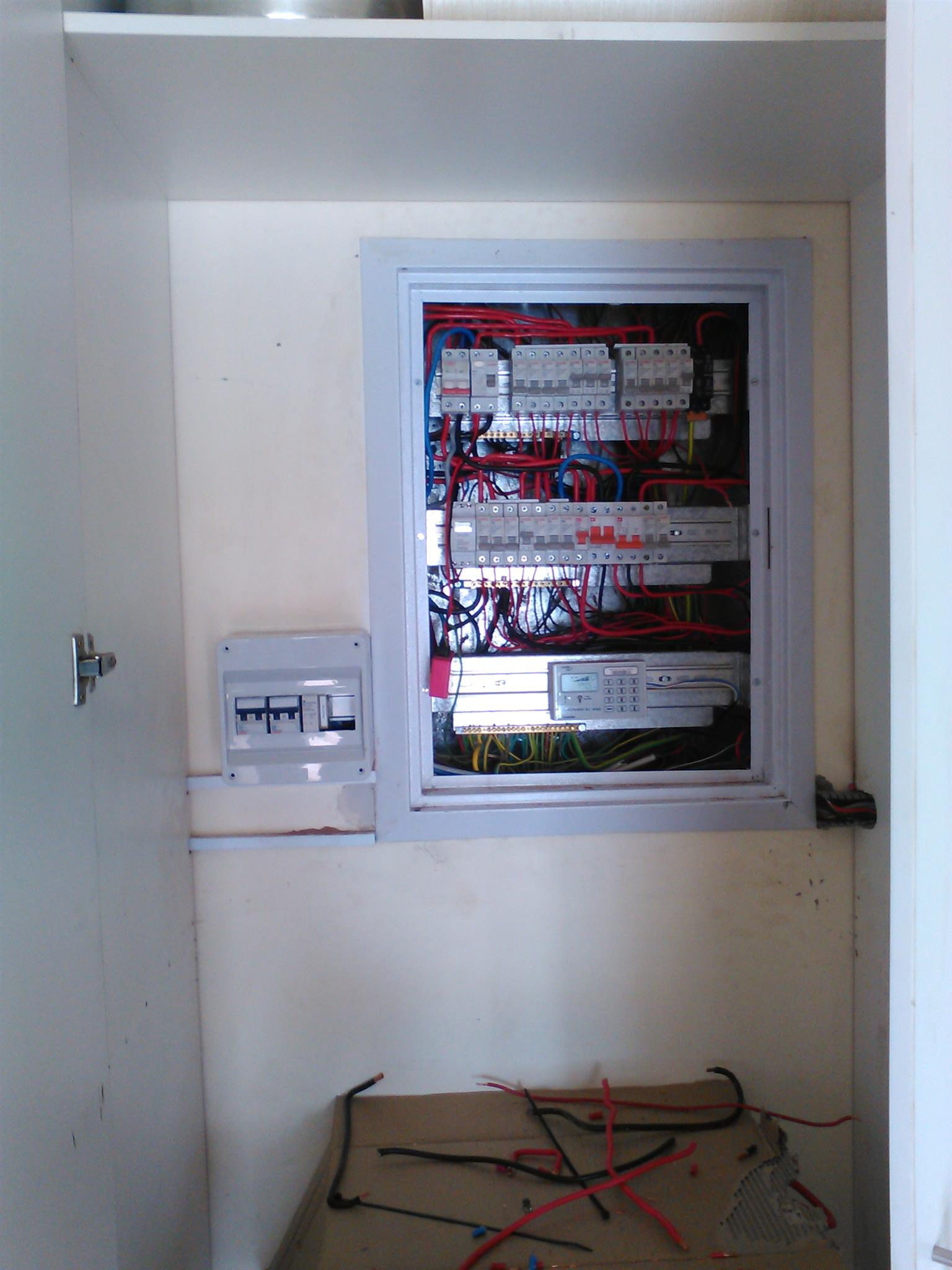 Elspark Electricians Plumbers and Handyman Services