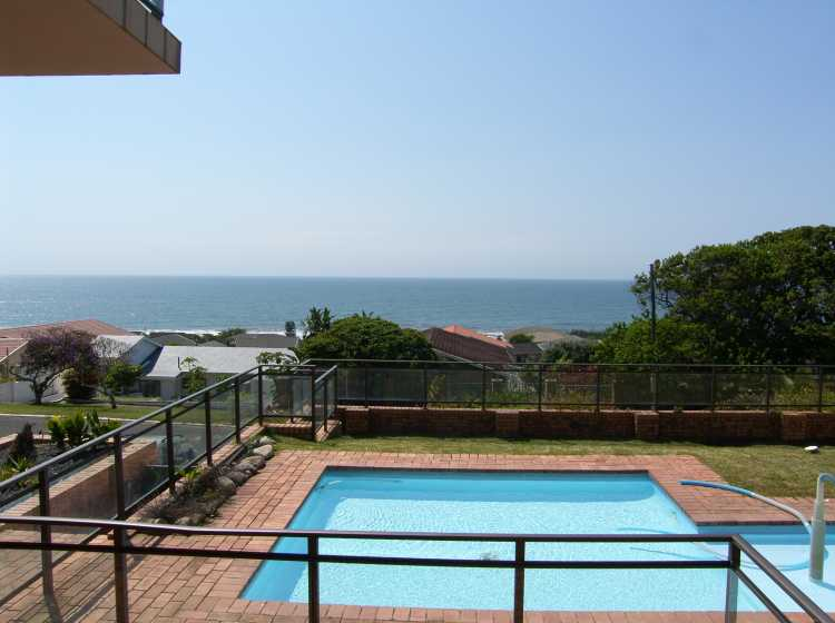 VARIOUS 2-24 SLEEPER APARTMENTS AVAIL FOR JUNE/JULY HOLS NORTH AND SOUTHCOAST - XMAS ACCOM NOW OPEN
