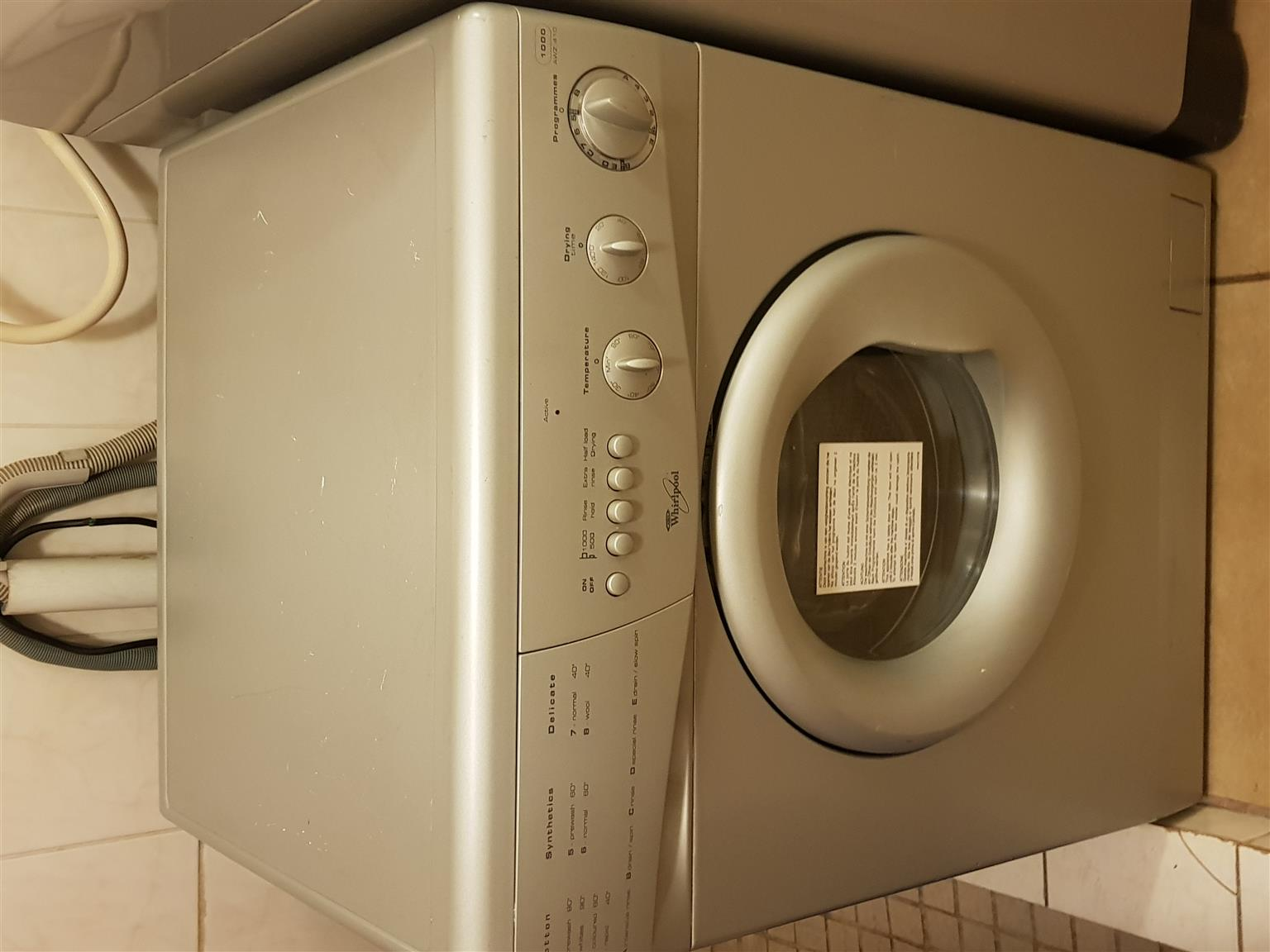 Whirlpool Frontloader Washer an Dryer