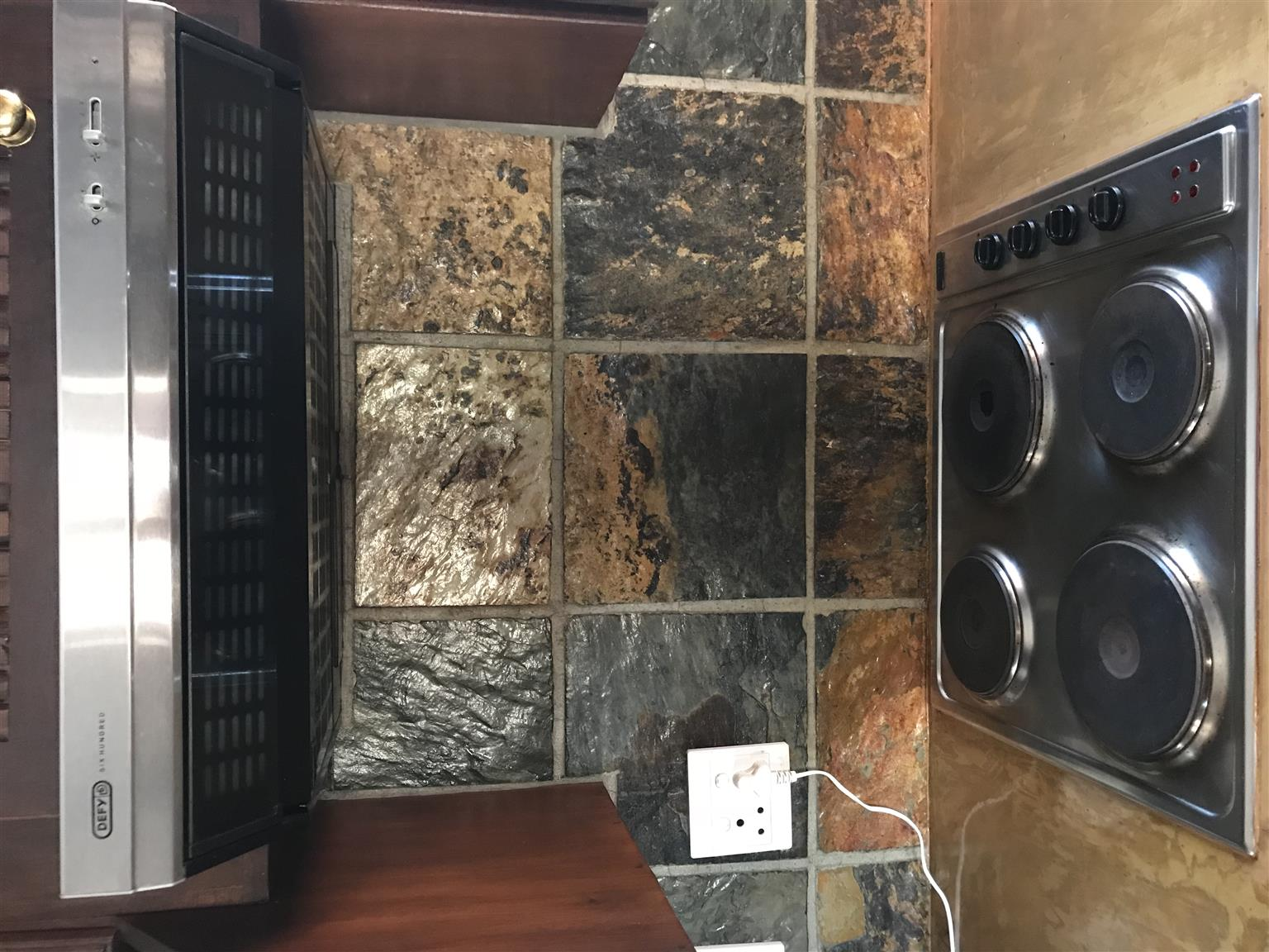 Devy Slimline Oven, Hob and Extractor fan