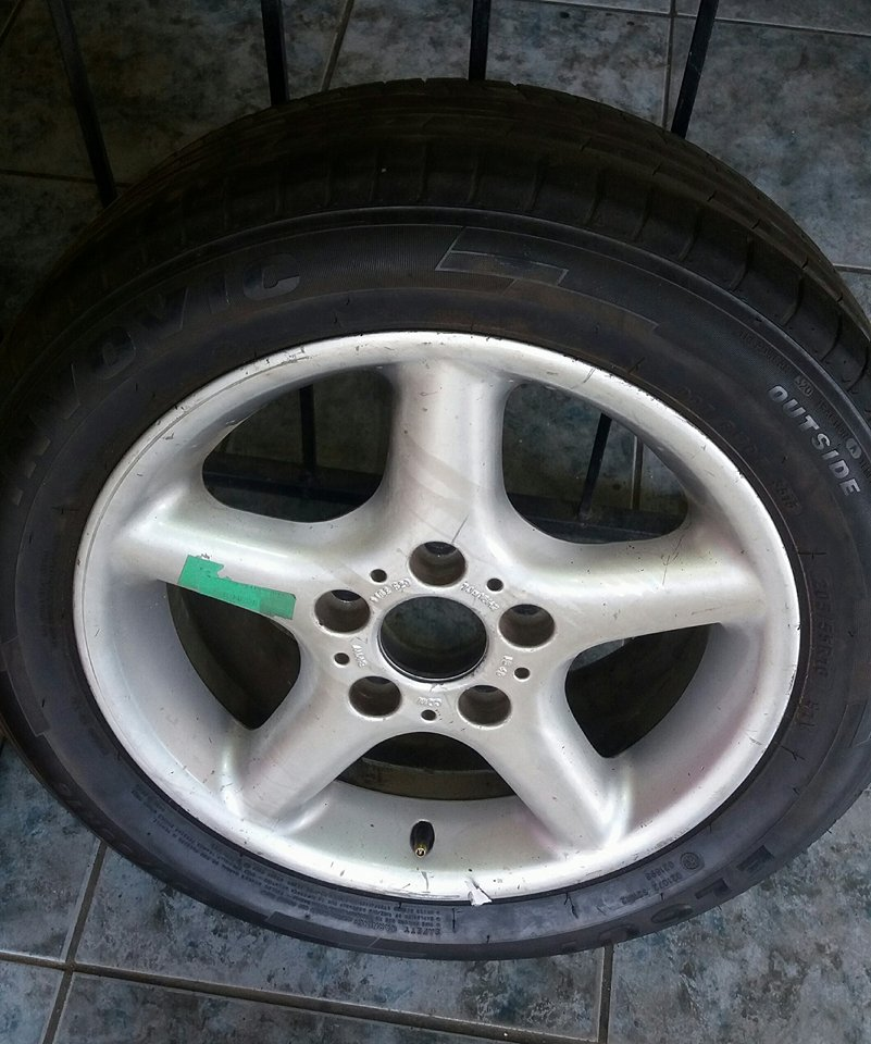BMW - Spare Wheel  Mag & Tyre 80% thread left  Size: 175 /65 R14