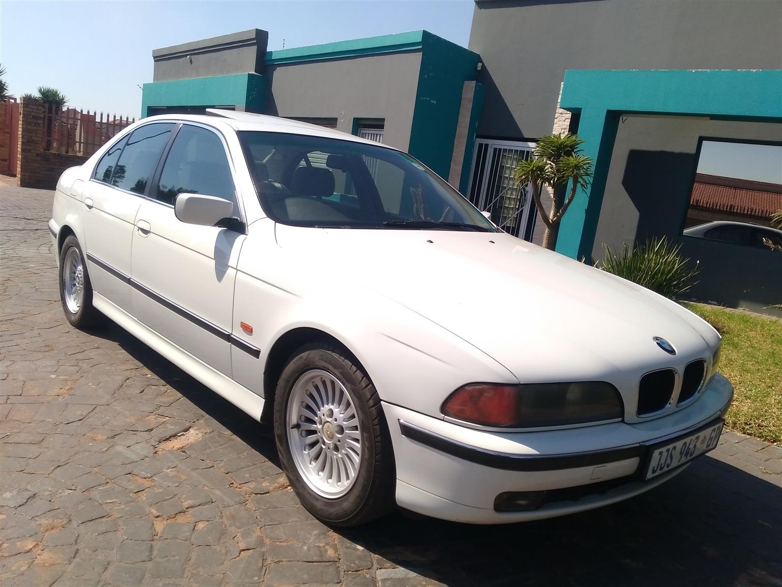 2001 bmw 528i