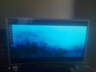 32inch supersonic curve TV