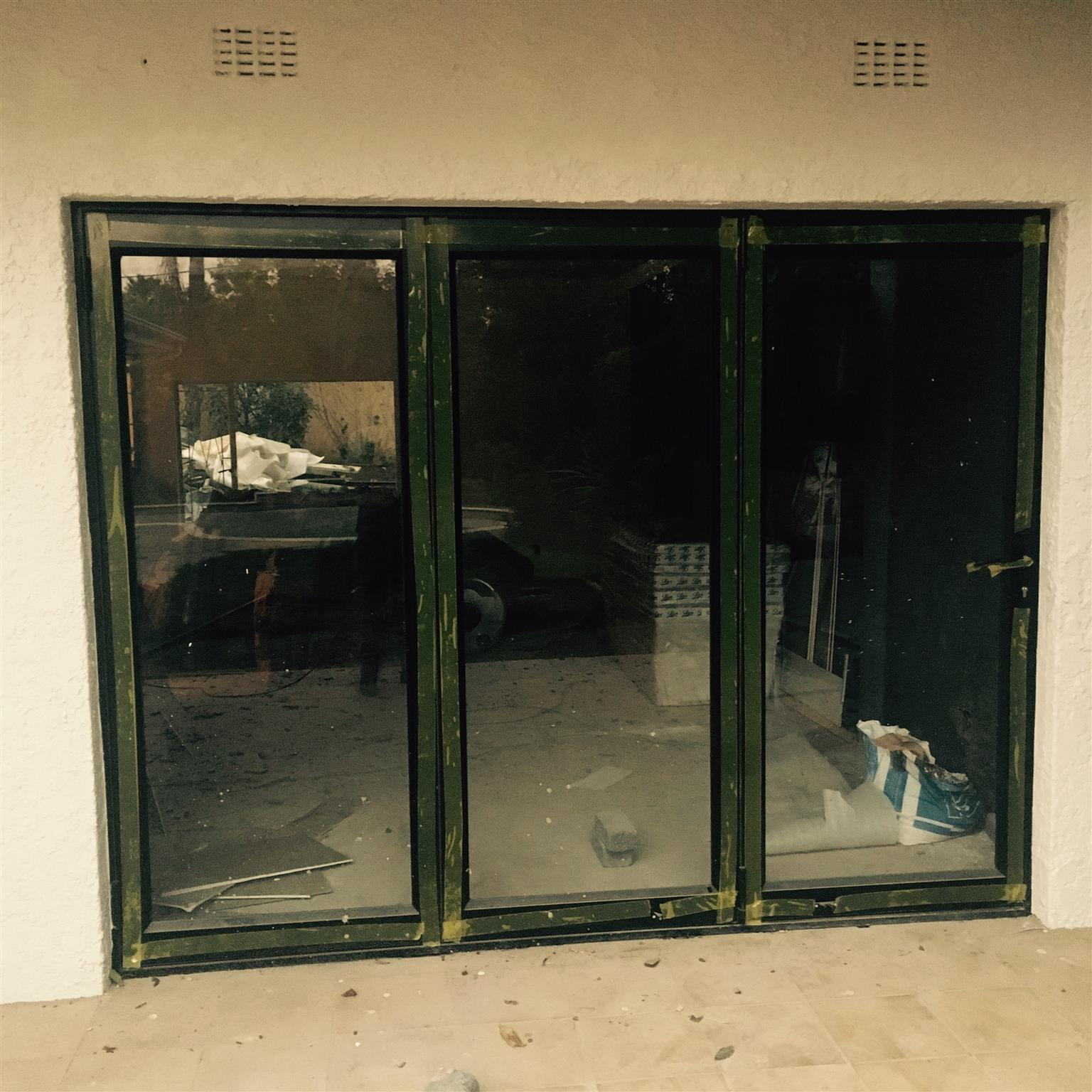 Manufactures And Installer Of Aluminium Windows And Glass