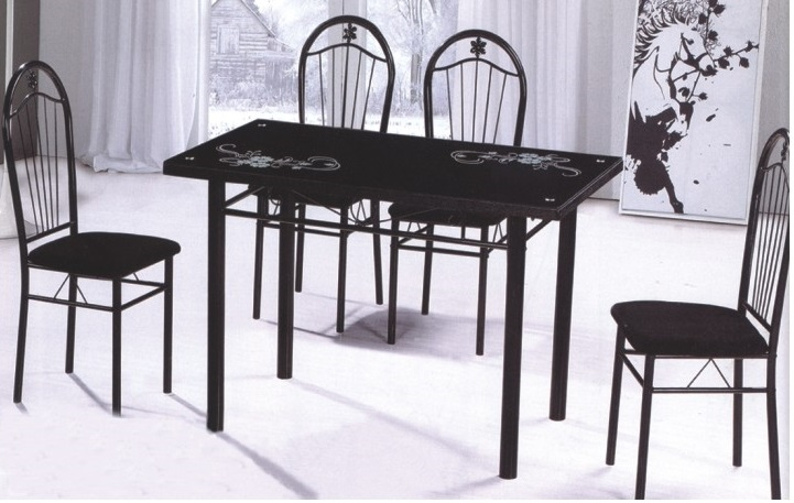 4 Seater Dinnning sets
