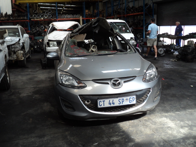 mazda 2 stripping for spares
