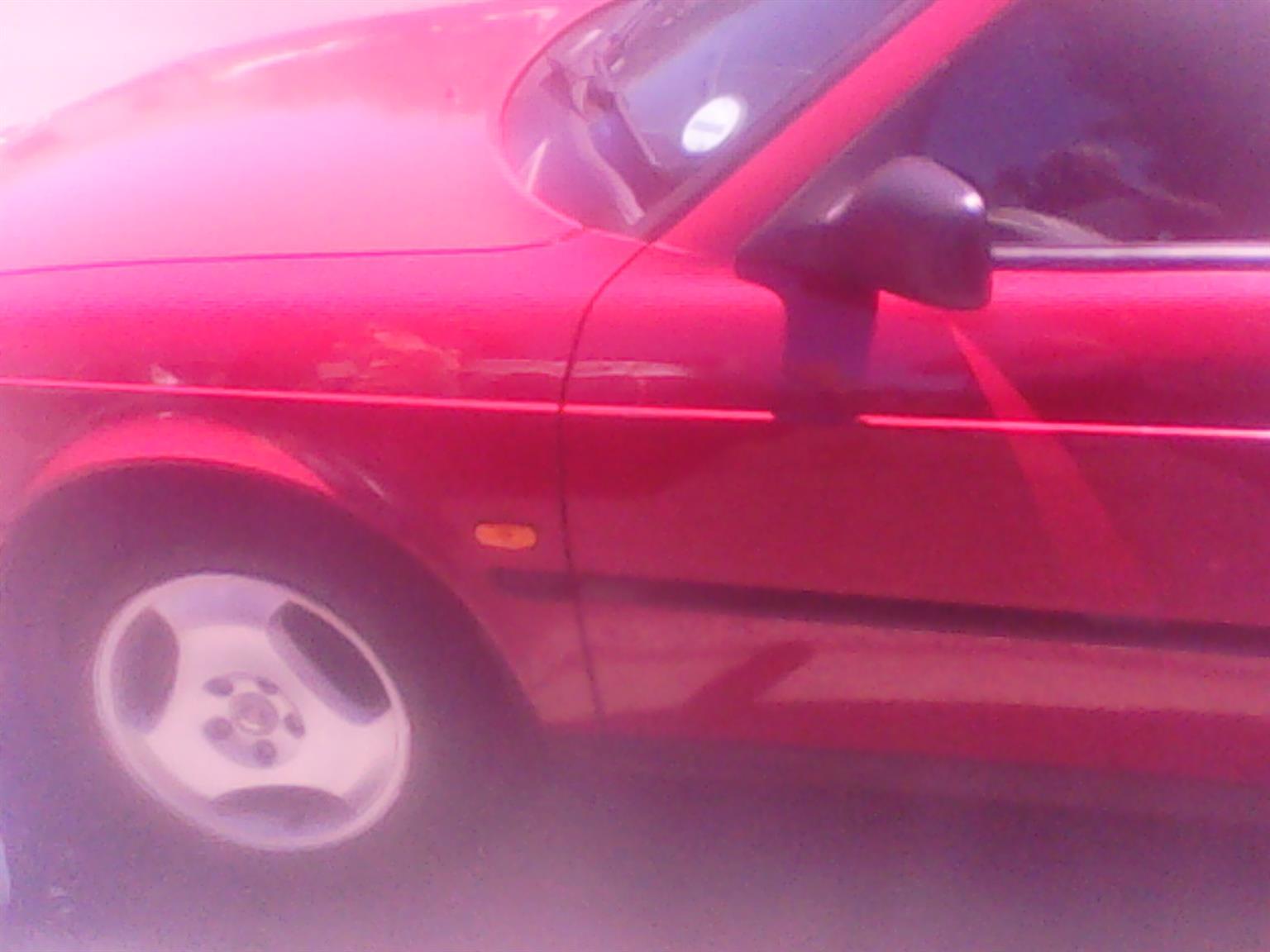 CLASSIC 1996 SAAB 900SE 5 DOOR 2LITRE