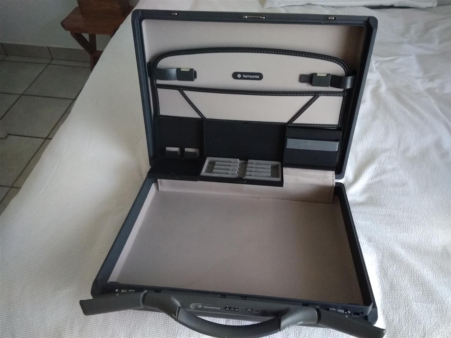 Samsonite Hard Case Briefcase