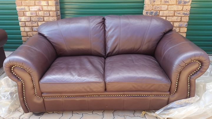 2 Seater dark brown leather couch