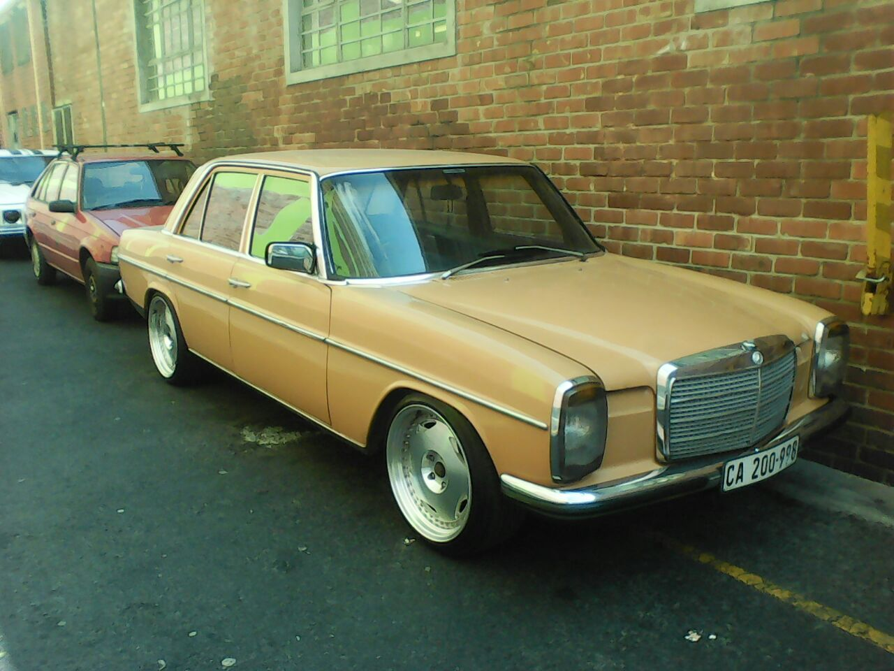 used mercedes benz cars for sale in south africa junk autos post. Black Bedroom Furniture Sets. Home Design Ideas