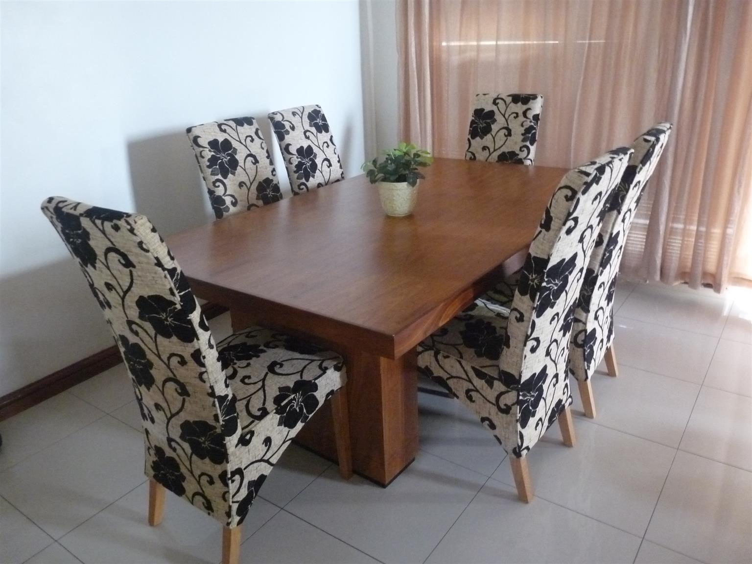 Kiek simplicity dining table with 6 Dining Chairs oak (Floral)