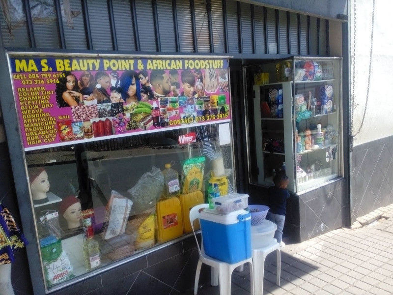 SHOP FOR SALE-BEZUINDENHIUT AN ROCKY STREET- YEOVILLE-JOHANNESBURG.R59,999.00 NEGOTIABLE.