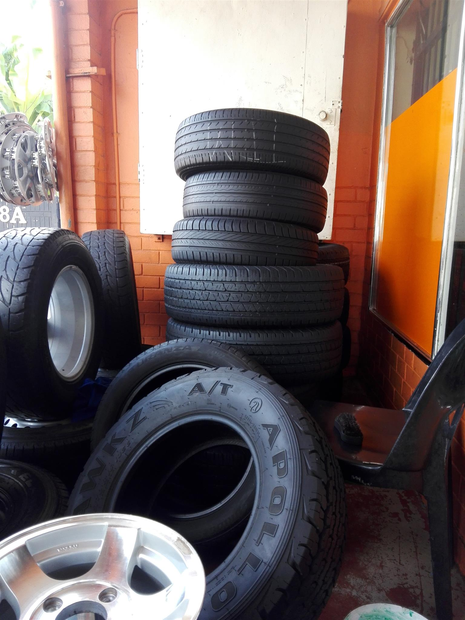 Used/second hand tyres and new tyres all sizes