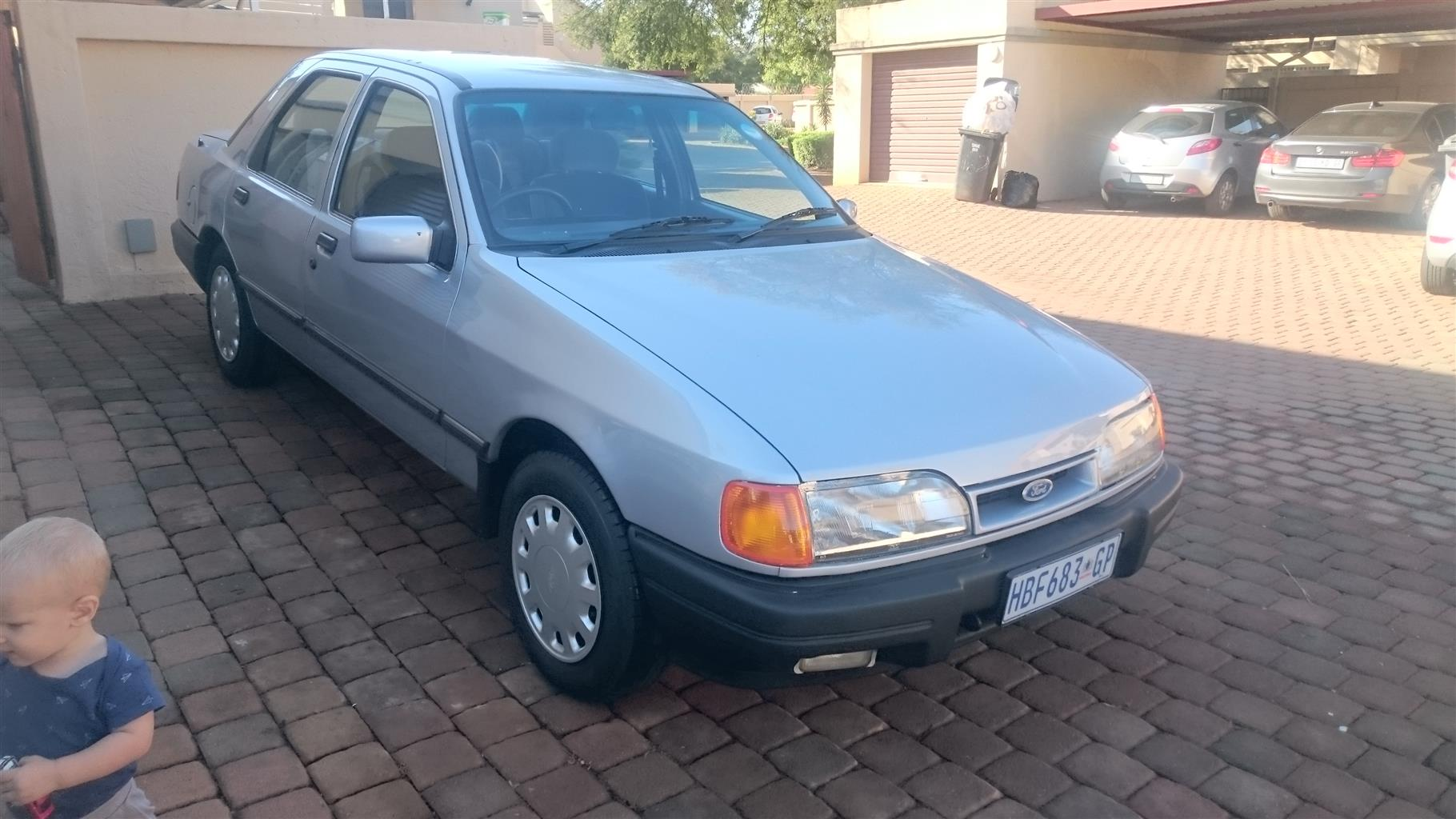 1990 Ford Sapphire