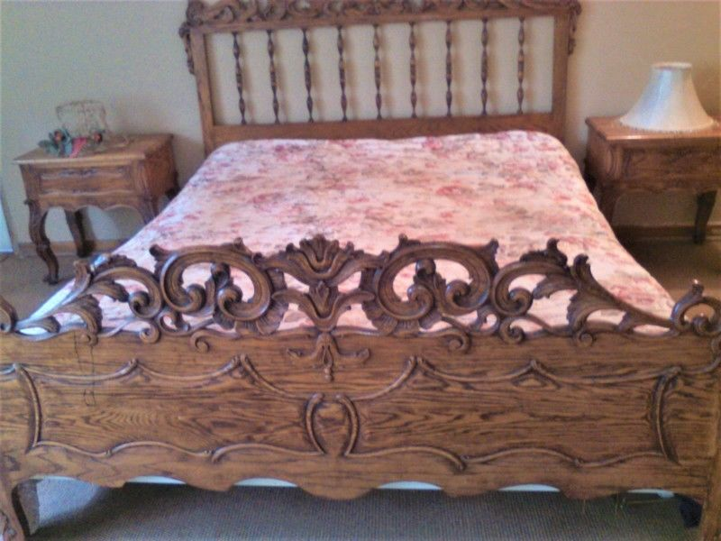 Double bed, dressing table, side tables suite hand-crafted by a Portuguese master craftsman