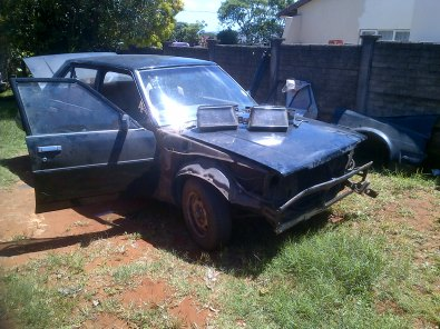 Stripping for spares white car complete automatic torque converter faulty. 1800 GLS