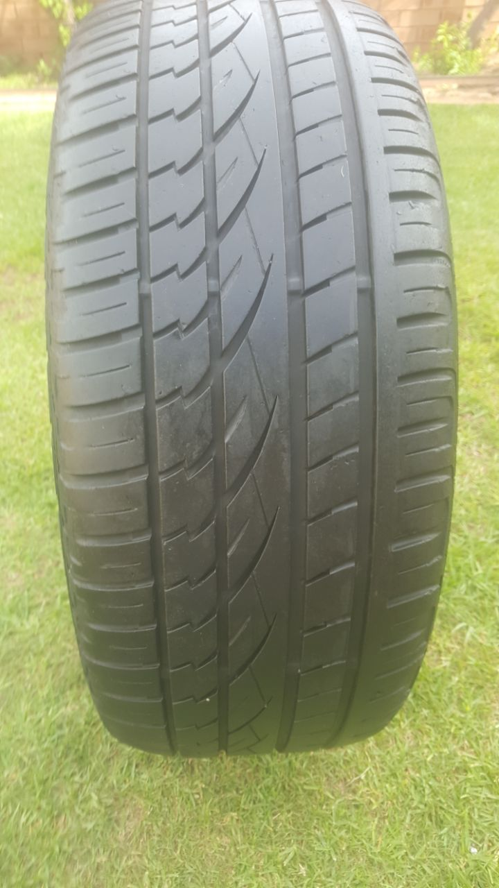 One Genuine 70% tread 255/50/19 Continental tyre fits BMW X5 R1000