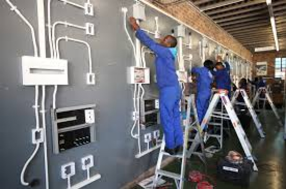 PLUMBING TRAINING.BOILER-MAKER.INDUSTRY ELECTRICAL TRAINING.CARPENTRY.ARGON.CO2.ARTISAN COURSES.#0763282682#